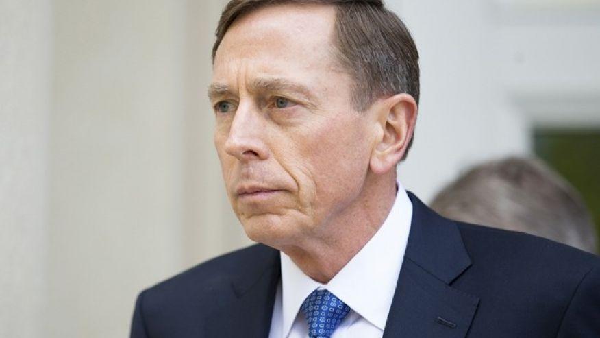 Petraeus mufti