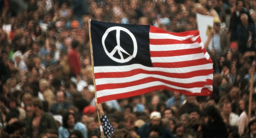 peace-symbol-usa-flag